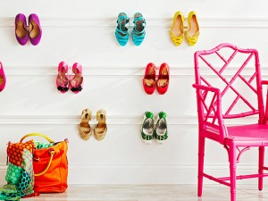 Ways to store heeled shoes: wall molding