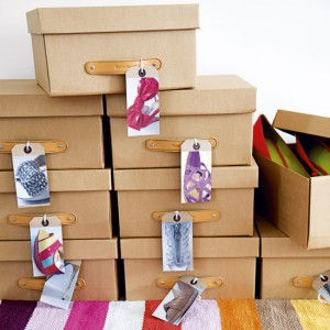 Ways to store heeled shoes: shoeboxes + prints