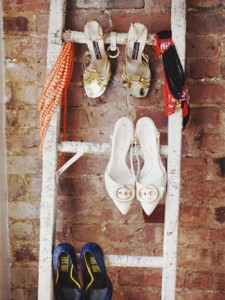 Ways to store heeled shoes: ladders