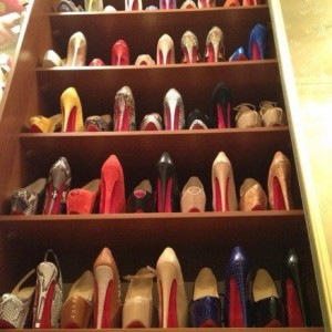 Ways to store heeled shoes: alternate storing